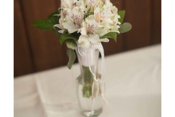 Bouquet toss bouquet
